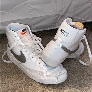 Nike Blazer Mids